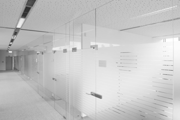 JOTMedical_Glass_and_Stainless_Steel_Design_and_Installation_2